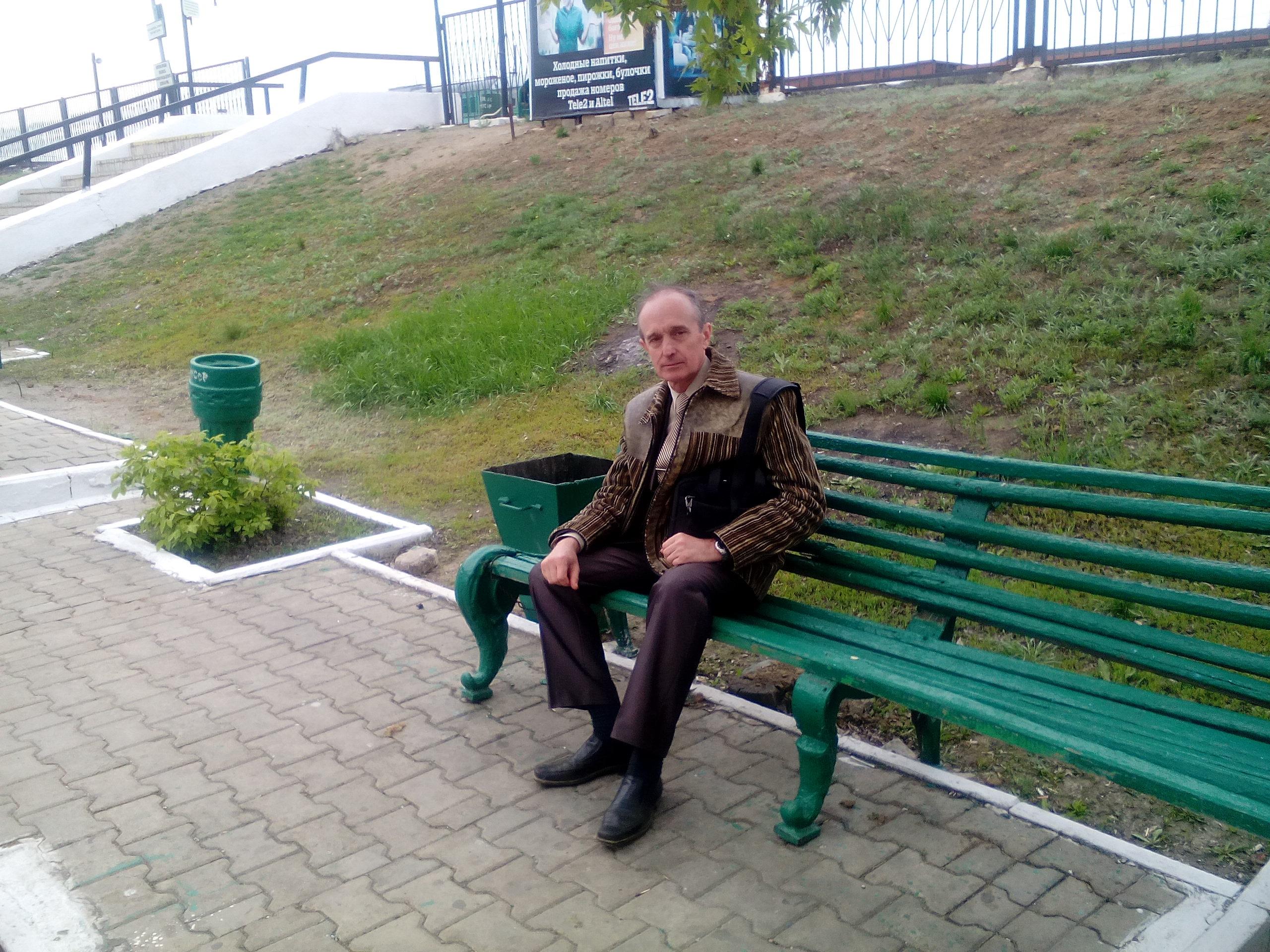 http://s2.uploads.ru/mW26Q.jpg